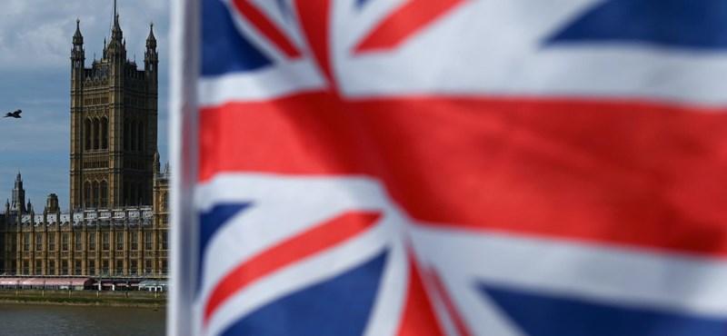 A brit felsőházon is átment a no deal Brexitet meggátló törvény