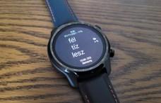 Ez az androidos óra 4-5 napig nagyon okos, de ha kell, 45 napig is bírja
