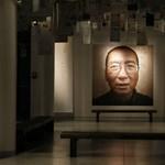 Apja halála miatt hagyhatta el a börtönt a kínai Nobel-békedíjas