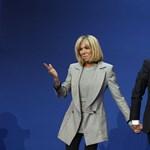Fotó: Macronon és 25 évvel idősebb feleségén poénkodik a Charlie Hebdo
