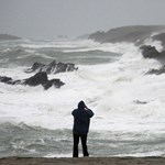 Fényképezés közben elsodort a tenger egy magyar férfit Írországban