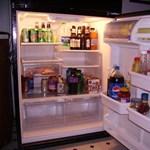 Ne innen vegyen hűtőszekrényt karácsonyra, mert átvágják!