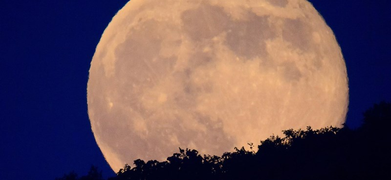 Nézzen az égre: szuperholdat láthat este!