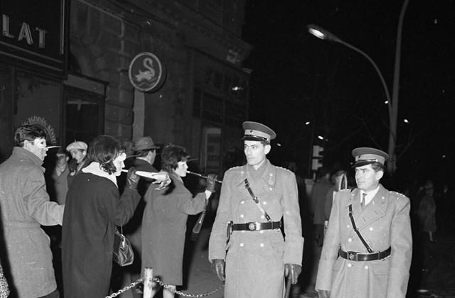 fortepan_! szilveszter 1965. Oktobon November 7. tér