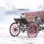 120 éves a világ első hibrid autója, és most eladó