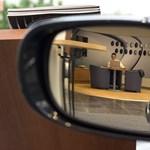 Megszavazta a parlament az autóhitelek forintosítását