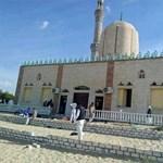 Legalább 235 halott az egyiptomi mecsetben