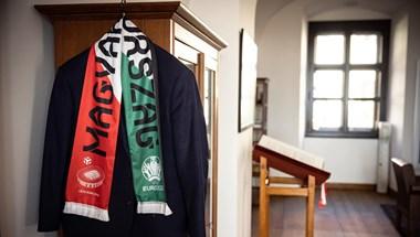 A Marseillaise-t idézve szurkol Orbán a magyar csapatnak