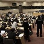 EP-meghallgatás: Kiakadtak az EP-képviselők a kormányszóvivő cinizmusától