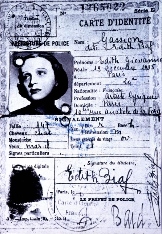1940. körül készült igazolvány Edith Piafról - Edith Piaf