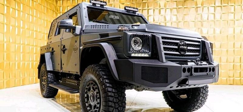 Ha valaki valóban harctérnek tekinti az utakat, annak itt a páncélozott  Mercedes-Benz