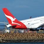 Lépnie kellett a Qantasnak is koronavírus miatt