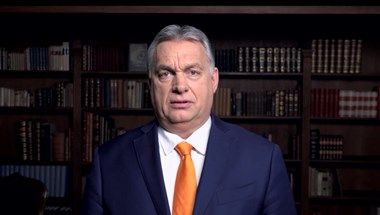 """Ellenzék a Fidesz kilépésére: """"Itt egy igazi lúzert látunk"""", """"a Néppárt kiveti a rohadt narancsot"""""""