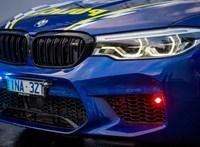 Elfogó vadász: rendőrautó lett a legsportosabb BMW M5-ösből