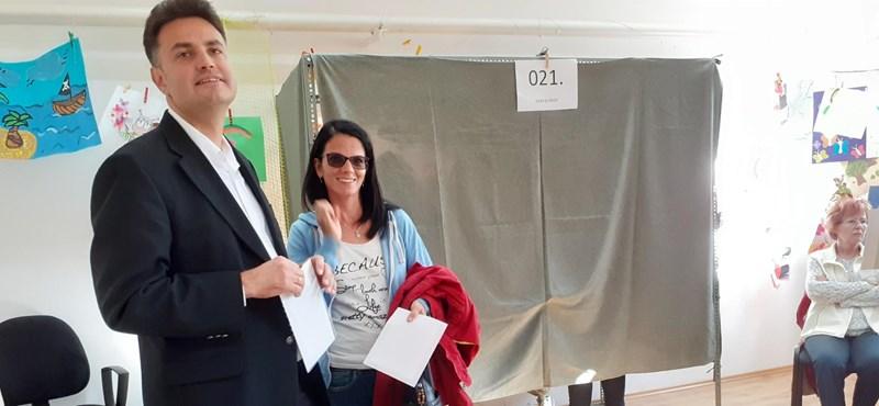 Márki-Zay Péter és Grezsa István is a piacon kezdte a napot Hódmezővásárhelyen