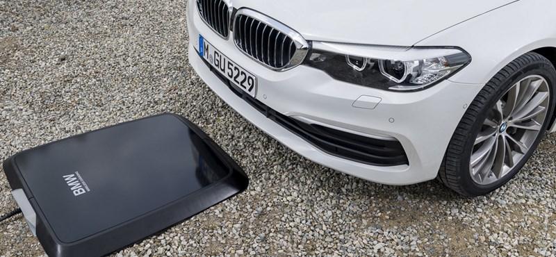Új korszak: Tesla gyorsulású BMW villanyautók 700 km hatótávolsággal