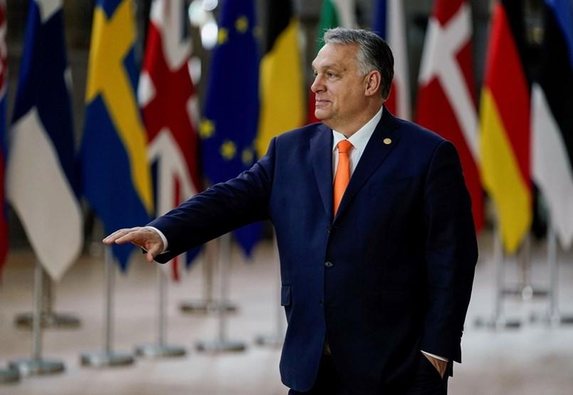 Megzsarolta Orbán az Európai Uniót