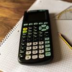 Lehet számológépet használni a középiskolai felvételin?