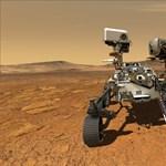 Felvette a NASA Mars-járója, ahogy lézerrel lő egy közeli sziklát