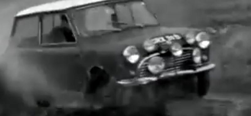 A nap videója: a mai divatterepjárókat megszégyeníti a régi apró Mini