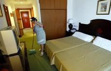 Keddtől utalják a hotelfejlesztésre szánt milliókat, amiből Simicskának is jut