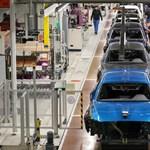 Ráléptek az autógyárakban a fékre, lassult az egész magyar ipar növekedése