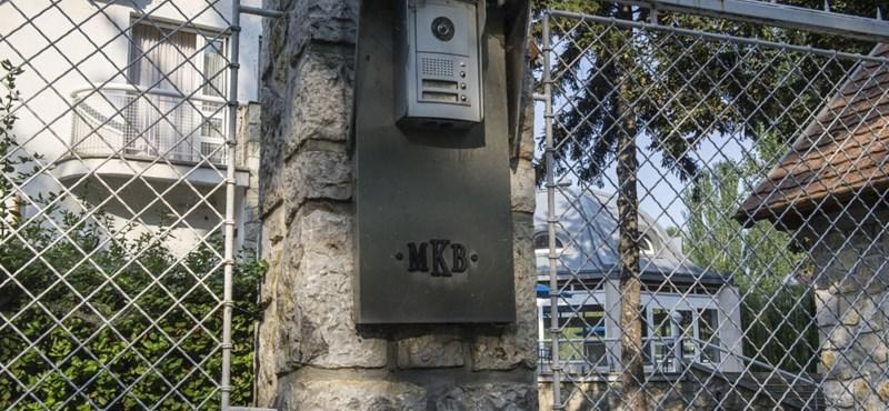 Mesés Kelet - az MKB Bank titokzatos vevői