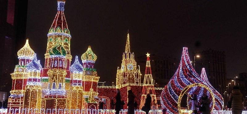 Így borul ünnepi fénybe Moszkva
