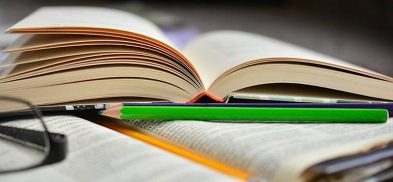 Színművészek olvasnak fel kötelező olvasmányokat - ilyen lesz a gyakorlatban