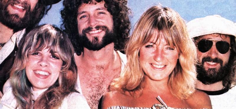 Lindsey Buckingham beperelte korábbi együttese, a Fleetwood Mac tagjait