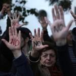 Elhalasztják a vitát a ciprusi bankbetétek megadóztatásáról
