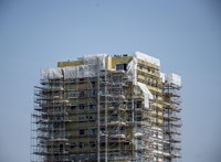 A válságban lévő építőipart segítené a rozsdamezők beépítésével a kormány