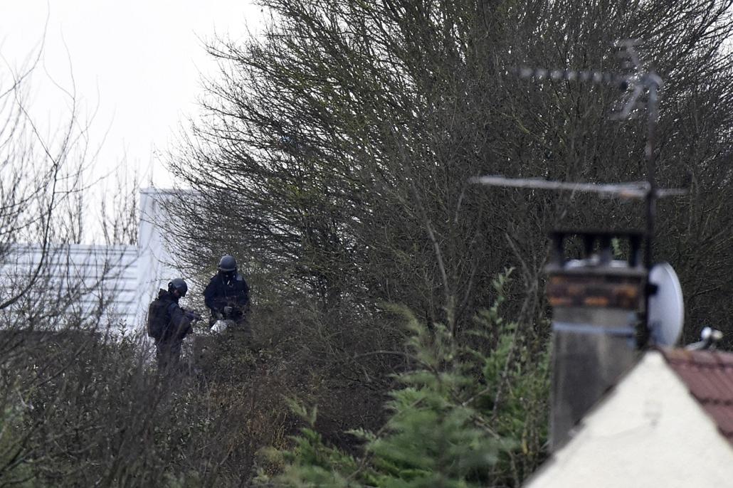 afp. lövöldözés Párizsban, Párizsi vérengzés, Charlie Hebdo, túszejtés, túszdráma, Dammartin-en-Goele, 2014.01.09.