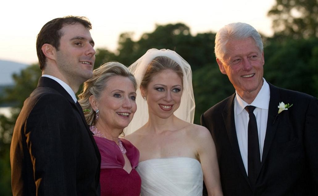 2012.07.31. - Marc Mezvinsky és Chelsea Clinton házassága - Bill Clinton Hillary Clinton - CLNTNAGY