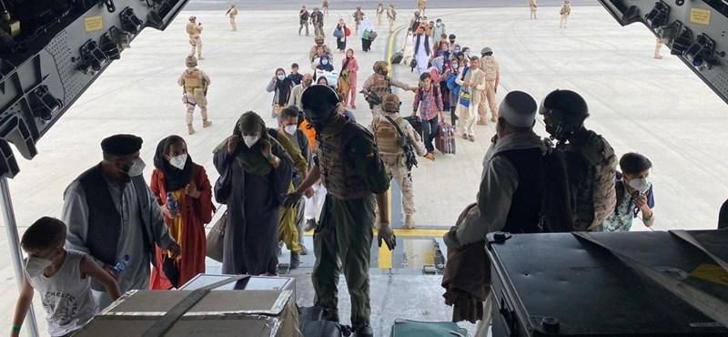 Un ciudadano alemán que huía de Kabul recibió un disparo, todos los países huyeron