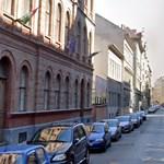 Két hét alatt 218 milliót drágult a parkolási rendszer, amin Rogán régi ismerőse dolgozik