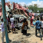 Két robbantás is volt Szomáliában, amerikaiak is a célpontok között