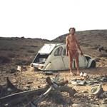 Motort épített az összetört autóból, hogy megmeneküljön a sivatagból