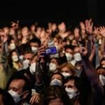 Csak hatan lettek koronavírusosak egy 5000 fős barcelonai koncert után