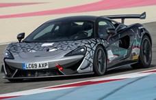 Elképesztő versenyautót szabadít rá a közutakra a McLaren