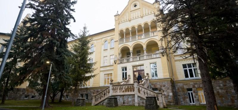 Budai palotába költözött a Nemzeti Nyomozó Iroda