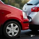 A baleseti adó megy, a biztosítási adó jön az autósoknak