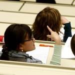 Minden ötödik egyetemista tervez külföldi tanulást