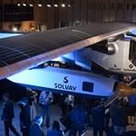 Korlátlan ideig levegőben maradhat a napelemes repülőgép - fotó