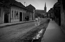 Az On the Spot alkotói: Be kellett látnunk, hogy létezik a holokausztfáradtság