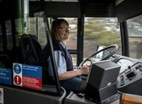 Népszava: Égen-földön nincs elég buszsofőr
