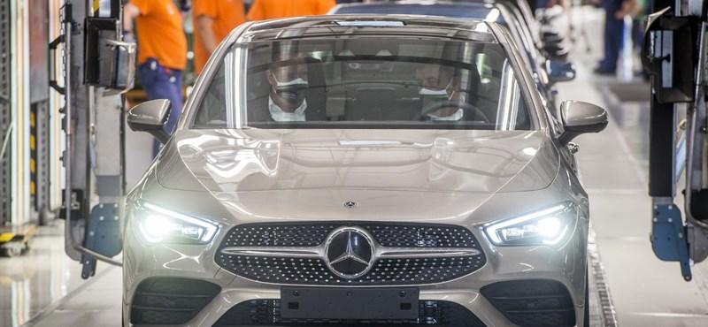 Hiros.hu: La planta de Mercedes en Kecskemét está cerrada