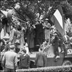 """Gróf, orvos, partizán - nem a """"csőcselék"""" irányította az 56-os felkelést"""