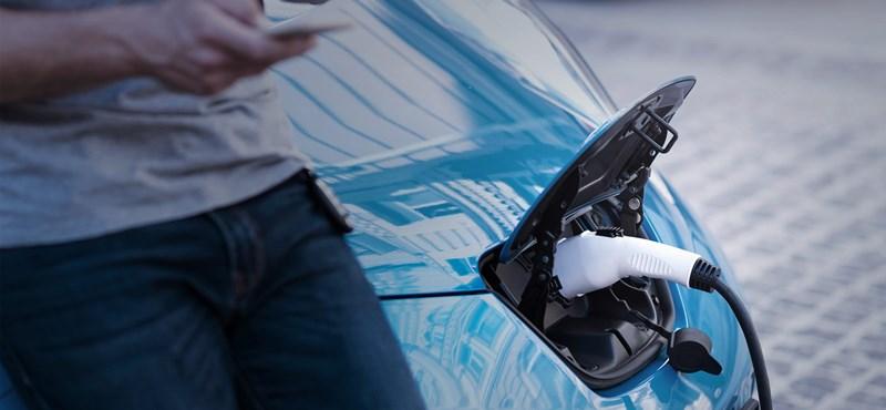 A villanyautósoknak egyre több keresnivalójuk van a hazai benzinkutakon