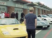 Az összes szupersportkocsiját elővette Gordon Ramsay – videó